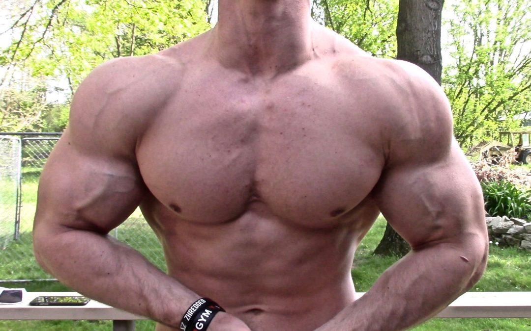 83df24a4 Zach Zeiler Cutting Posing Muscle Flexing Update